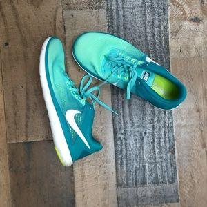 Nike green sneakers